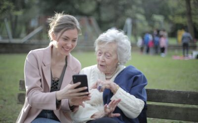 Ten Phone Apps for the Elderly