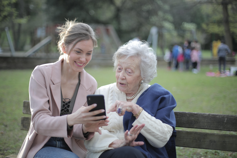 Ten Phone Apps for the Elderly